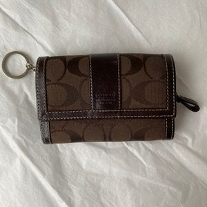 Coach small signature wallet/keychain holder